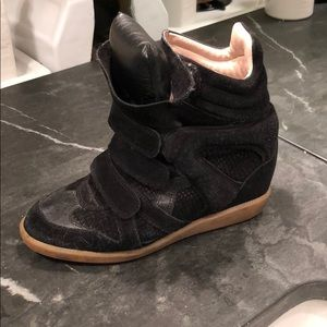 Isabel Marant Bekket leather sneakers black/snake